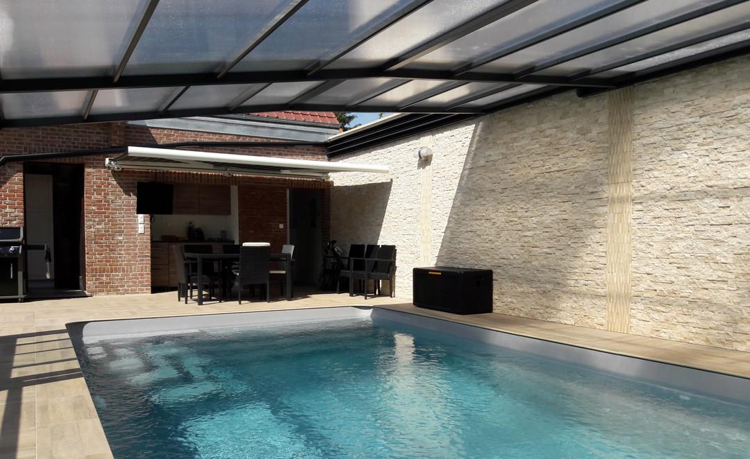 Abri de fa ade pour piscine d couvrable abris piscines for Abris pour piscine